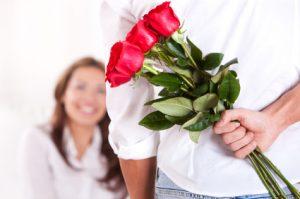 relatie geef haar bloemen