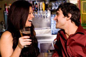 aantrekkingskracht bij vrouwen door middel van gesprek